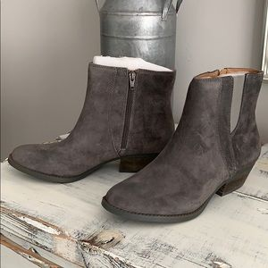 Nine West Suede Sloane Boots. Brand new!!
